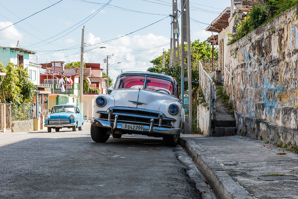old car in varadero